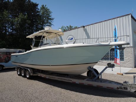2005 Pursuit 3070 Center Console