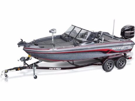 2016 Nitro ZV18 Family Fishing and Fun Package
