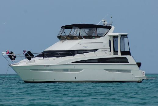 2006 Carver cockpit motor yacht