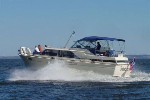 1968 Chris Craft 42 Commander