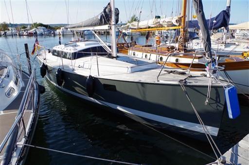 2012 T. Koops BM 30 Bristol