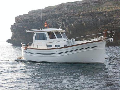 2003 Menorquin Yacht 100