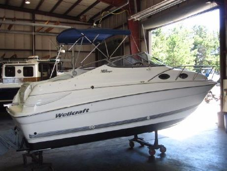 2002 Wellcraft Martinique 2400