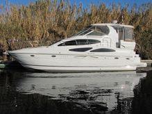 2008 Cruisers Yachts 415 Express Motoryacht.