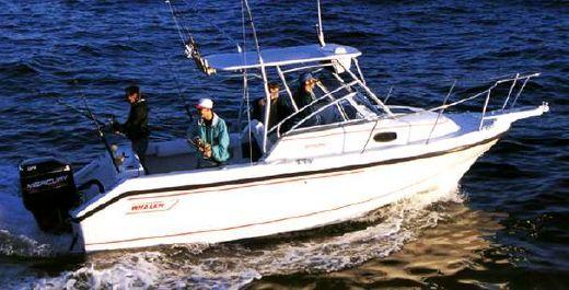 1998 Boston Whaler 23 Conquest