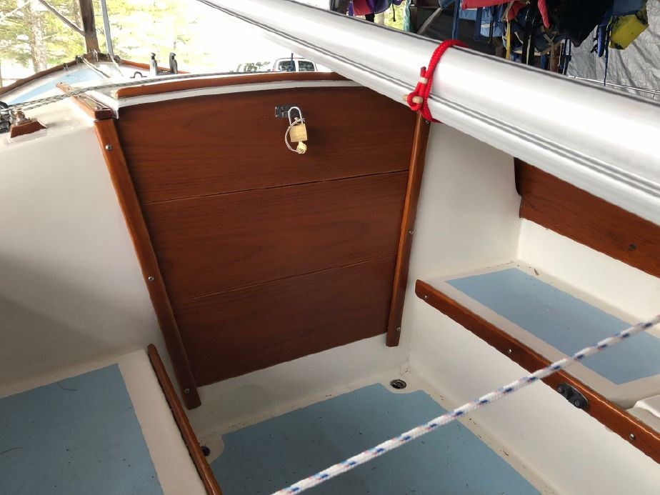1977 Cape Dory Typhoon 18 Weekender Sail Boat For Sale - www