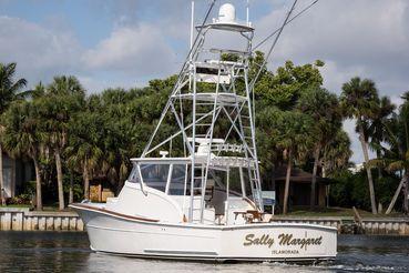 thumbnail photo 0: 2013 Release Boatworks Walk Around Custom Carolina