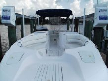 2001 Cobia 256 Coastal Deck