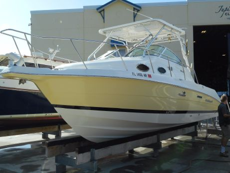 2004 Wellcraft 270 Coastal O/B