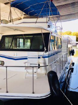 2002 Harbor Master 520 WB Pilothouse