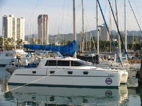 1996 Endeavour Catamaran 35