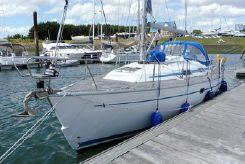 2001 Bavaria 37 Cruiser