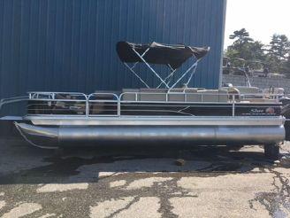 2019 Sun Tracker Fishing Barge 24 XP3