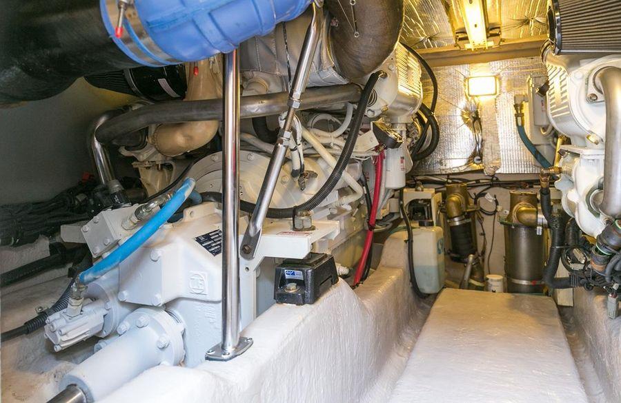 Sea Ray 44 Sedan Bridge Engine Room