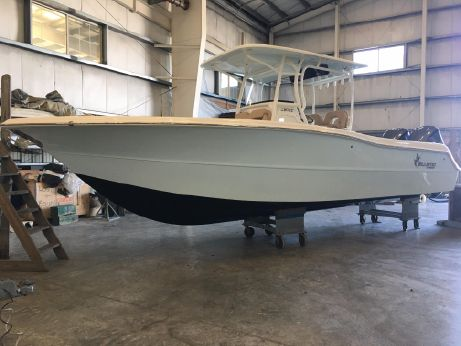 2018 Key West 281 Billistic Center Console