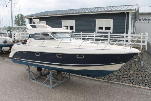 2010 Aquador 33 HT