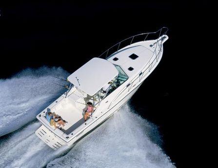 2003 Pursuit 3000 Express