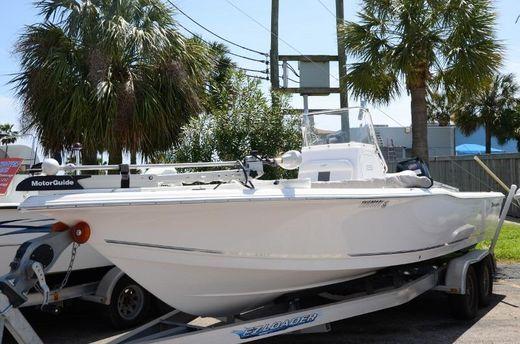 2012 Tidewater 2400 BAY MAX