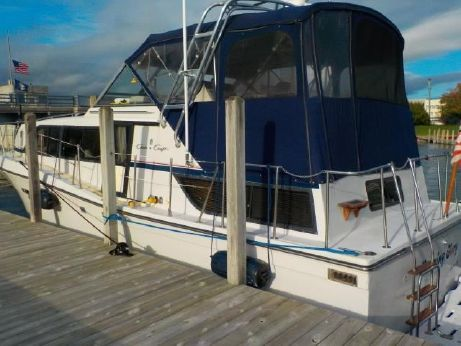 1988 Chris-Craft 38 Double Cabin