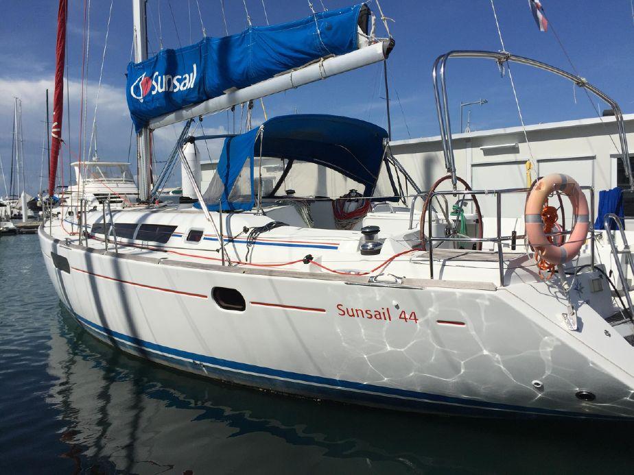 2010 Jeanneau Sun Odyssey 44i Sail Boat For Sale Www Yachtworld Com