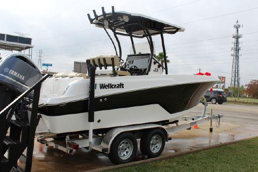 2017 Wellcraft 222 Fisherman