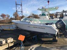 2010 Sea Hunt Escape 186 LE