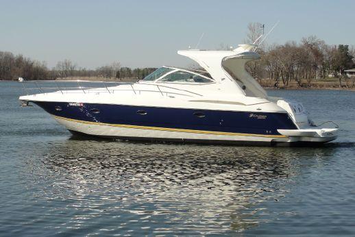 2004 Cruisers Yachts 400 Express Hardtop
