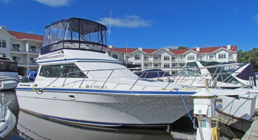 1990 Chris Craft 322 Catalina