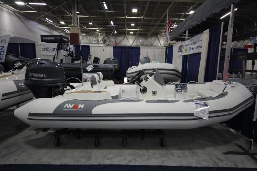 2018 Avon Seasport 400 Deluxe NEO 50hp In Stock