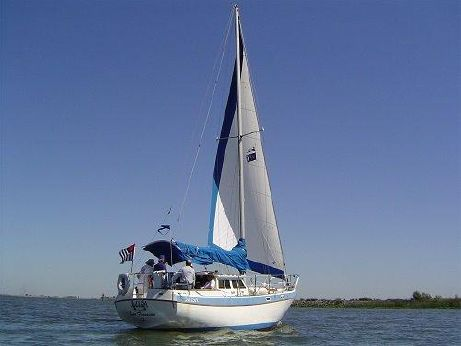 1984 Gulf PILOTHOUSE SLOOP