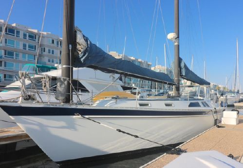1984 Freedom Cat Ketch