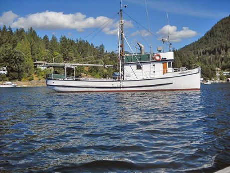 1938 Atagi Boat Works Pilothouse Cruiser