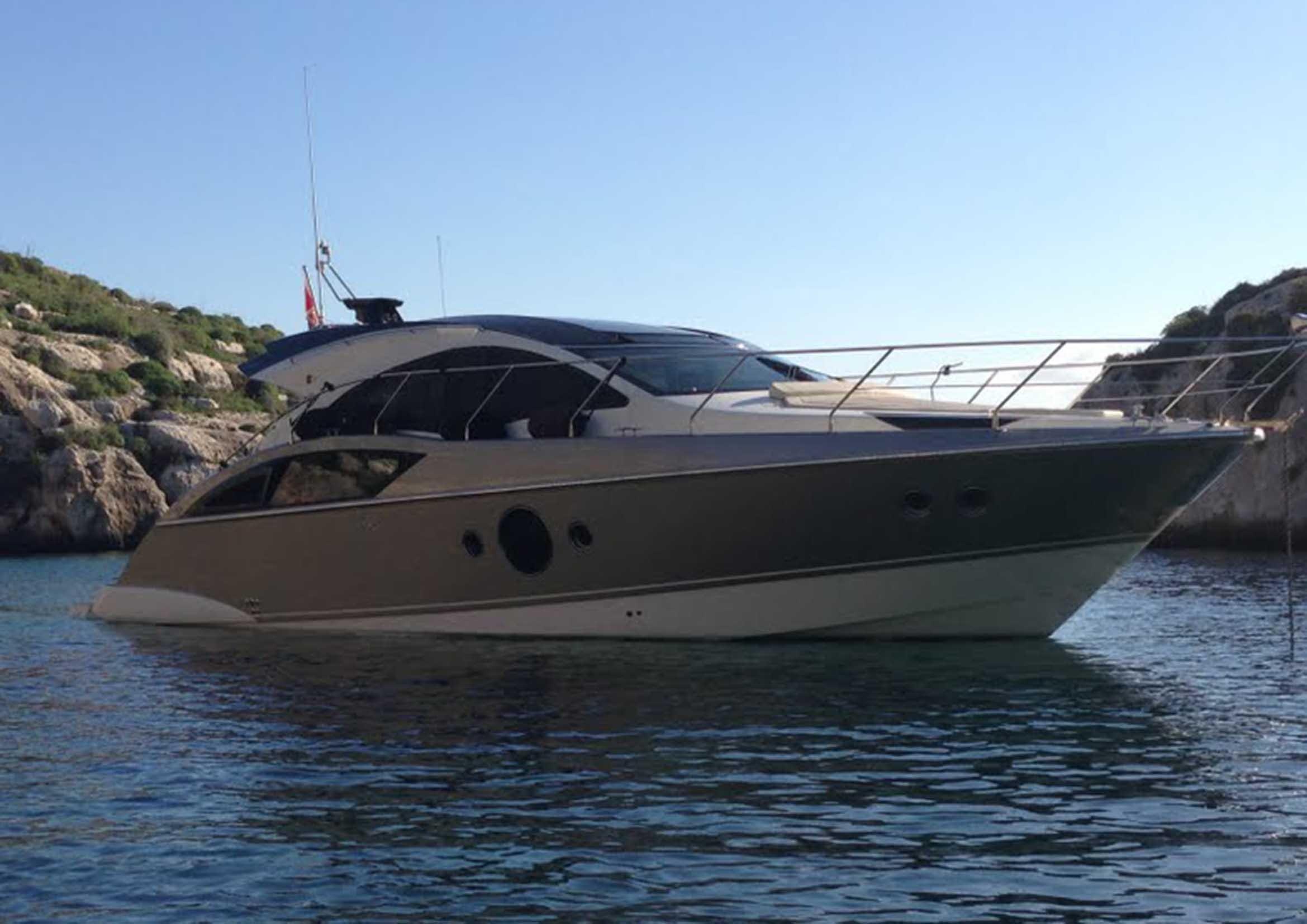 2010 marquis 420 sport coupe motore barca in vendita www for Malta materiale
