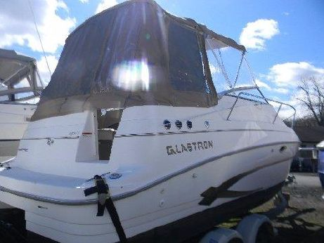 2004 Glastron 249 GS