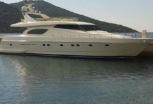 1999 Ferretti Yachts 72