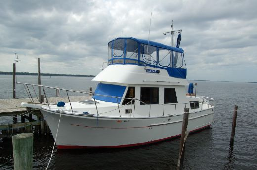 1993 Marine Trader 34 Double Cabin