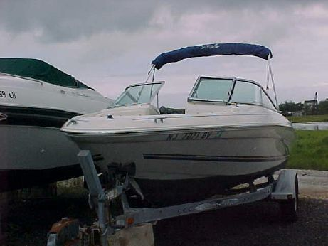 2000 Sea Ray 185 Bow Rider