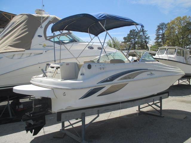1999 Sea Ray 210 Sundeck Power Boat For Sale - www