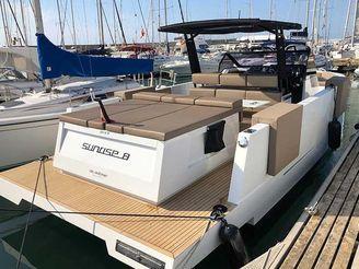 thumbnail photo 0: 2018 De Antonio Yachts D33 OPEN