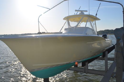2007 Jarrett Bay 32 Semi-Custom