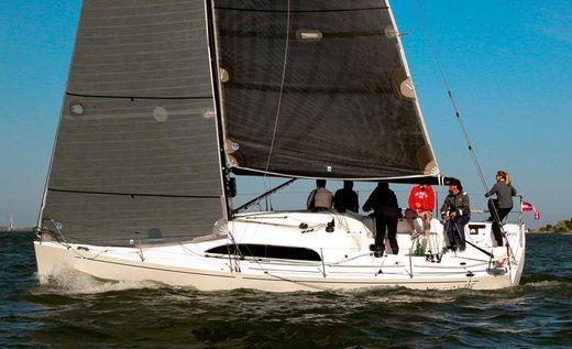 2015 X-Yachts Xp 33