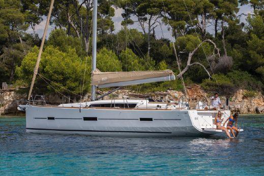 2016 Dufour Yachts Dufour 460 Gl