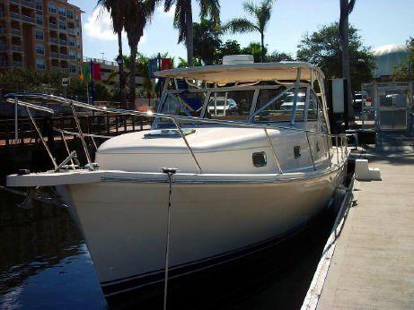 2006 Mainship 34 Pilot Custom Hardtop