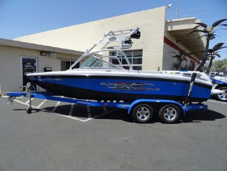 2007 Correct Craft SUPER AIR NAUTIQUE 210 TEAM EDITION