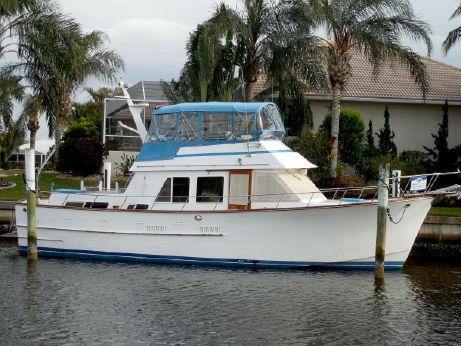 1983 Ocean Alexander 43 Double / Trunk Cabin MY