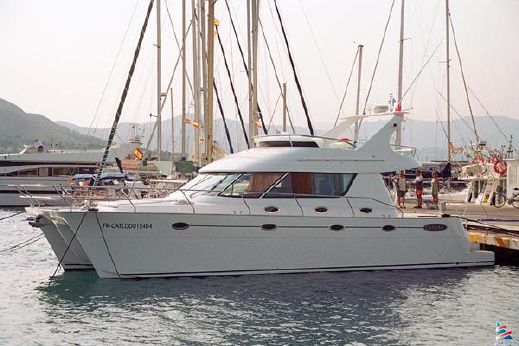 2006 Catana Power