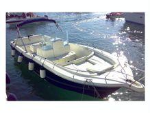 2004 White Shark 285