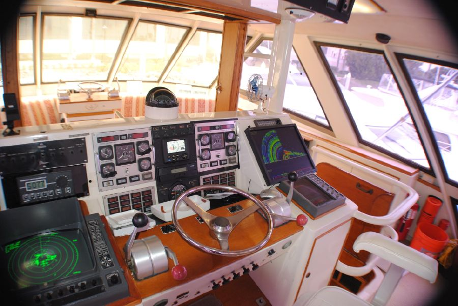 Striker 70 Flybridge Helm Electronics