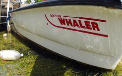 2001 Boston Whaler 130 Sport
