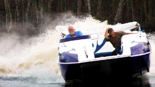 2006 Domn8er 25 Custom Deck Boat